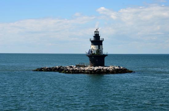 orient-lighthouse-sheri-winter-parker-north-fork-real-estate